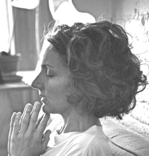 lucie meditating