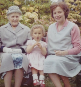 grandma+me+mum